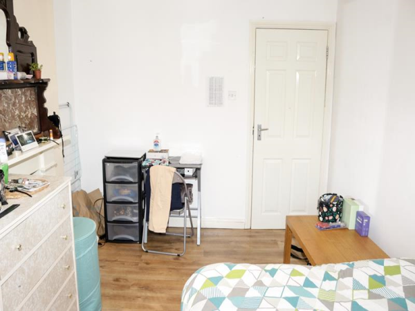 1 bed flats to rent in west hampstead thameslink station zone 2