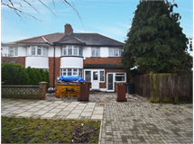 6 Bed House in Rayners Lane property L2L655-415