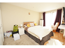 2 Bed Flats And Apartments in West Harrow property L2L655-587