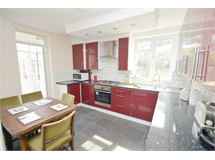 6 Bed House in South Harrow property L2L655-628