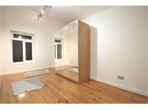 3 Bed Flats And Apartments in Upper Holloway property L2L101-843