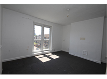 3 Bed Flats And Apartments in Hoxton property L2L101-1211