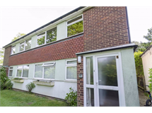 2 Bed Flats And Apartments in Harrow Weald property L2L1024-594