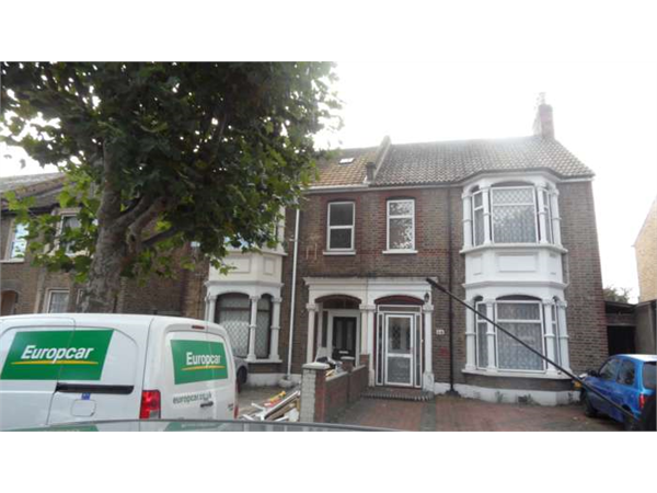 Property & Flats to rent with Albany Property Management (Newham) L2L107-781
