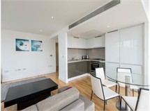 2 Bed Flats And Apartments in Canary Wharf property L2L1076-163