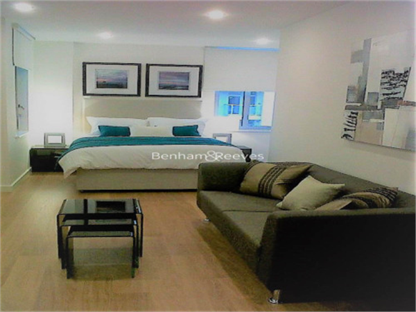 Property & Flats to rent with Benham and Reeves  (Canary Wharf) L2L1076-293