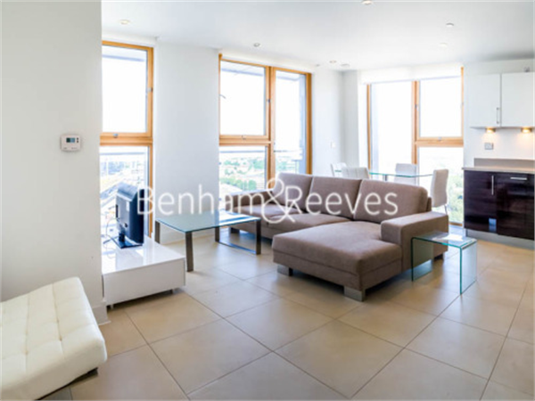 Property & Flats to rent with Benham and Reeves  (Canary Wharf) L2L1076-160