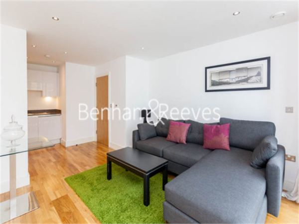 Property & Flats to rent with Benham and Reeves  (Canary Wharf) L2L1076-332