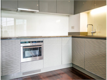 1 Bed Flats And Apartments in Canary Wharf property L2L1076-254