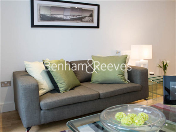 Property & Flats to rent with Benham and Reeves  (Canary Wharf) L2L1076-196