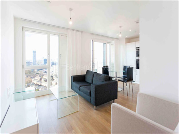 Property & Flats to rent with Benham and Reeves  (Canary Wharf) L2L1076-327