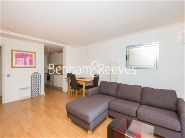 Property & Flats to rent with Benham and Reeves  (Canary Wharf) L2L1076-101