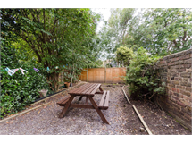 2 Bed Flats And Apartments in Ravenscourt Park property L2L1088-1515