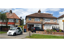 3 Bed House in South Harrow property L2L114-478