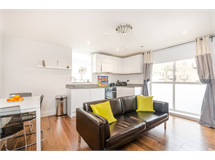 1 Bed Flats And Apartments in Streatham Hill property L2L1200-1072