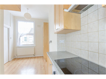 1 Bed Flats And Apartments in Streatham Hill property L2L1200-1131