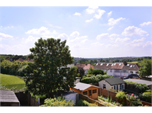4 Bed House in East Barnet property L2L1201-474