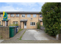 4 Bed House in New Barnet property L2L1201-500