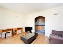 2 Bed Flats And Apartments in London Fields property L2L1203-641