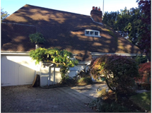 4 Bed House in Thames Ditton property L2L127-202