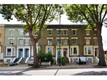 4 Bed Flats And Apartments in Gunnersbury property L2L128-100