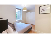 1 Bed Flats And Apartments in Ravenscourt Park property L2L128-948