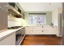 5 Bed House in West Kensington property L2L128-1472