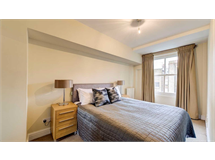 2 Bed Flats And Apartments in Fitzrovia property L2L128-1342