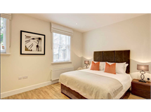 2 Bed Flats And Apartments in Ravenscourt Park property L2L128-1350
