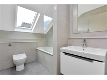 1 Bed Flats And Apartments in South Ealing property L2L128-1372