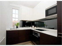 1 Bed Flats And Apartments in Chelsea property L2L128-1471