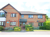 1 Bed Flats And Apartments in Norbiton Common property L2L134-625