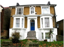 1 Bed Flats And Apartments in Penge property L2L13626-276