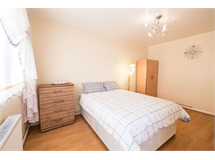 3 Bed Flats And Apartments in Barnsbury property L2L13669-2929