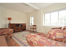 2 Bed Flats And Apartments in Golders Green property L2L1393-1140