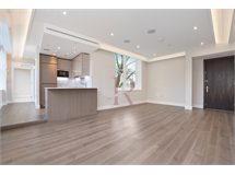 1 Bed Flats And Apartments in West Smithfield property L2L142-392