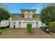 4 Bed House in Gunnersbury property L2L144-890