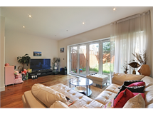 3 Bed House in Gunnersbury property L2L144-991