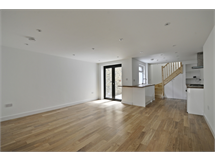 1 Bed Flats And Apartments in Gunnersbury property L2L144-993