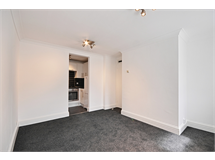 1 Bed Flats And Apartments in Gunnersbury property L2L144-995