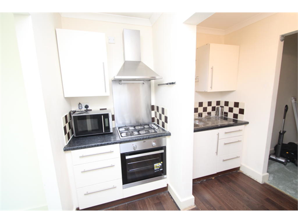 Property & Flats to rent with Bairstow Eves (Lettings) (East Croydon) L2L1452-1709