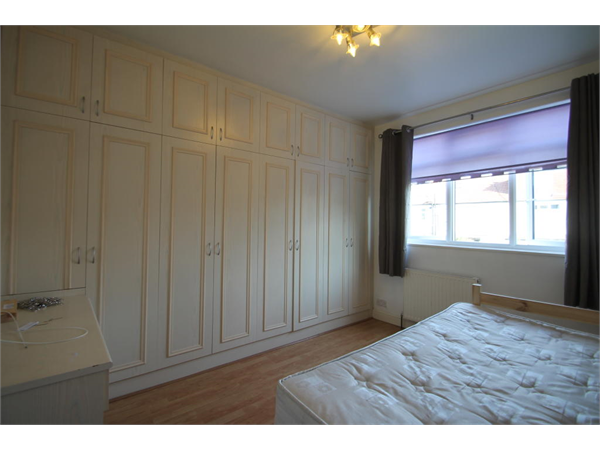 Property & Flats to rent with Bairstow Eves (Lettings) (Norbury) L2L1468-365