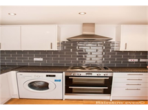 2 Bed Flats And Apartments in Romford property L2L1471-278