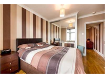 1 Bed Flats And Apartments in Romford property L2L1471-368