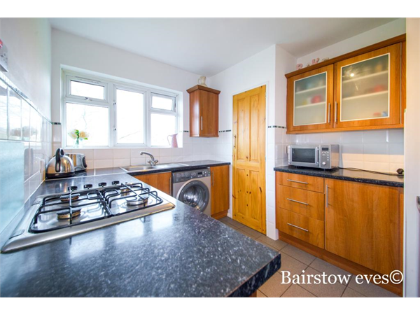 Property & Flats to rent with Bairstow Eves (Lettings) (Romford) L2L1471-386