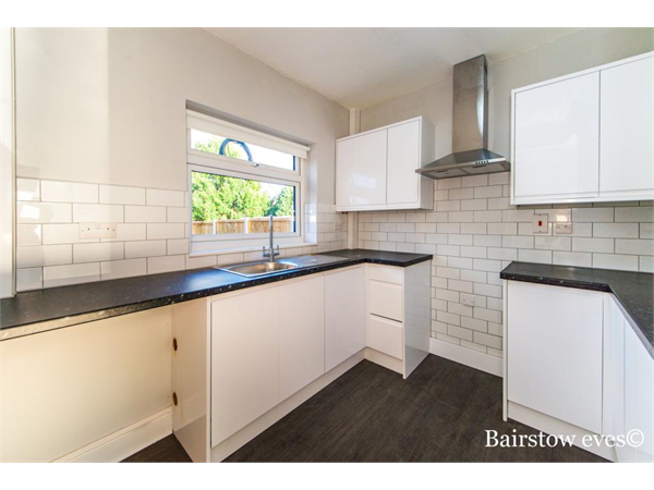 Property & Flats to rent with Bairstow Eves (Lettings) (Romford) L2L1471-387