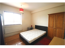 4 Bed Flats And Apartments in Kings Cross property L2L154-3553