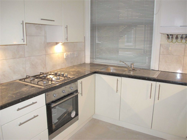 Property & Flats to rent with Castle Estates (South London) Ltd L2L158-249