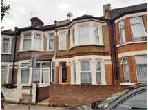 4 Bed House in East Ham property L2L1612-622