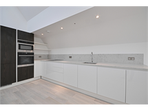 2 Bed Flats And Apartments in Ealing property L2L172-1360